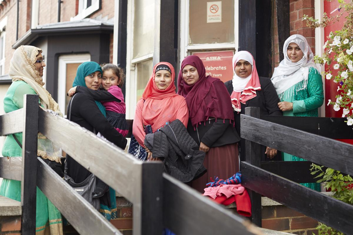 Members of the Asha Neighbourhood project